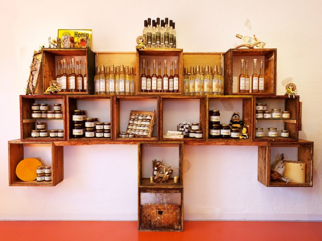 Verkaufsraum Honig